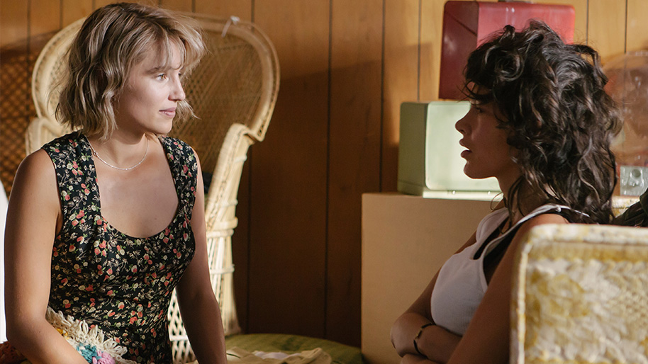 Dianna Agron and Paz de la Huerta in a scene from the film Bare.