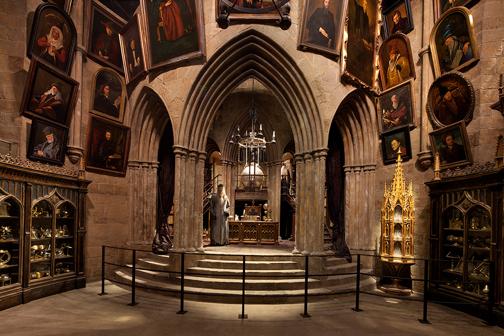 Thinkwell recreated Hogwarts for the Making of Harry Potter experience.