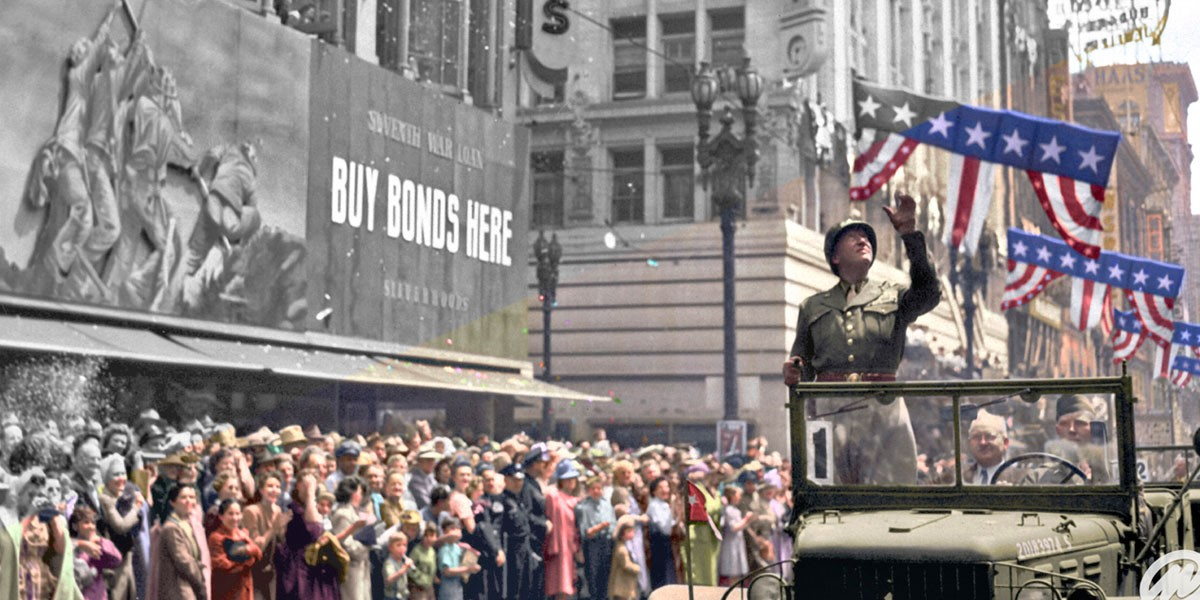 This image, partially black and white and partially in color, is an example of Marina Amaral's ability to color old monotone photos using Adobe Photoshop.