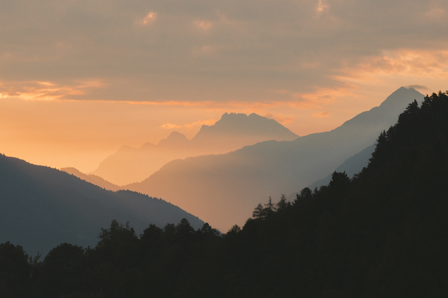 photo of a mountain valley with sunlight, photo by Julia Nimke