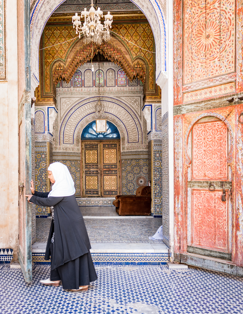 photo of a woman in Fez, taken by Joann Pai