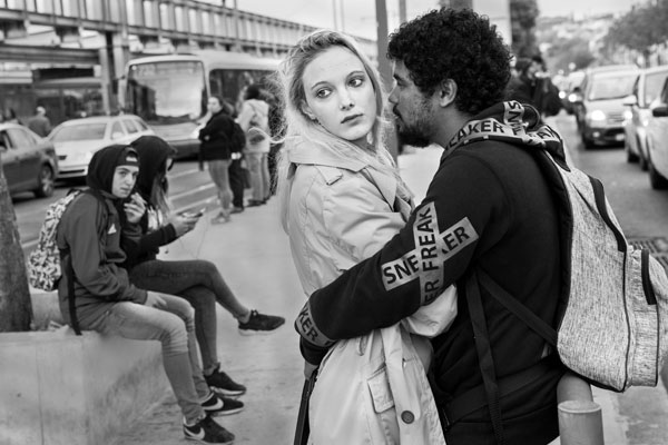 Steve Simon shot this photo of people waiting for a bus in Lisbon, Portugal.