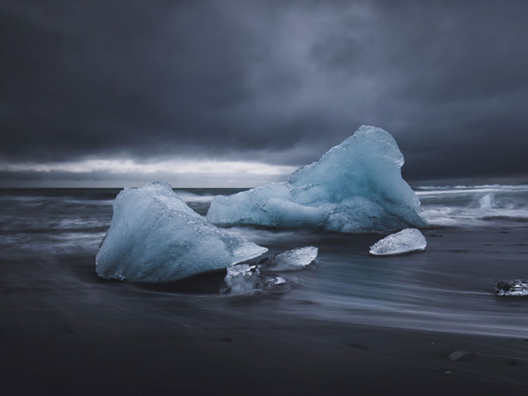 Jan Erik Waider captured this chilly scene.