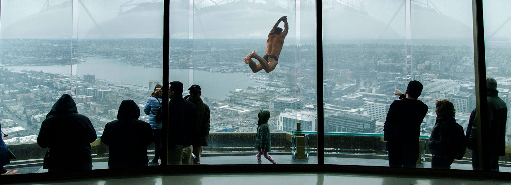This seemingly impossible photo of a man diving outside the window of a high-rise building is made by Juan Jose Egusquiza